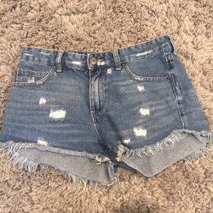 Denim shorts (gently worn)